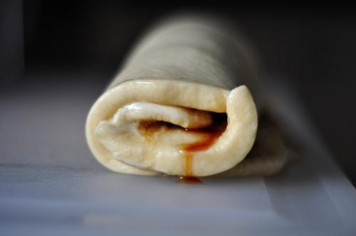 cinnamon-rolls-roll-ss