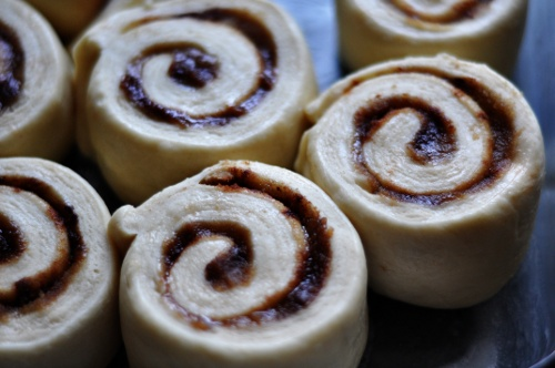 cinnamon-rolls-unbaked-ss