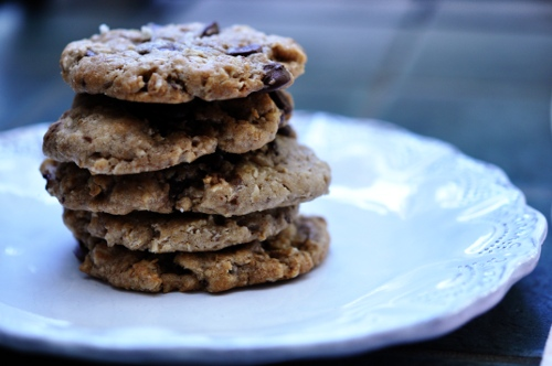 chocolate-chip-cookies-baked-stack-2-ss
